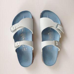 Birkenstock Shoes - BIrkenstock seersucker stripe Aziza sandals NWOB